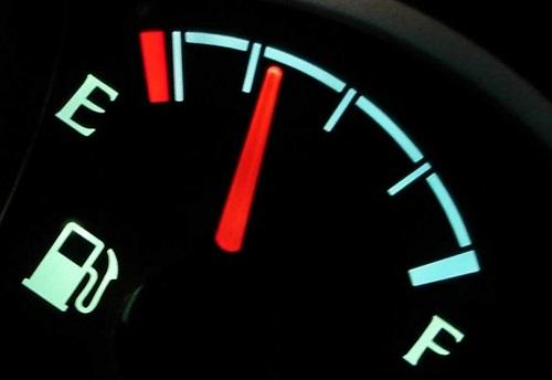 درست نشان ندادن آمپر بنزین سمند