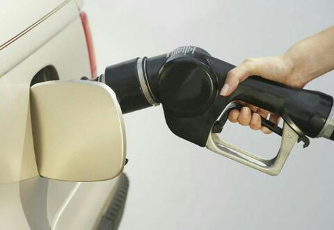 بد کار کردن خودرو روی بنزین